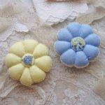 Игольницы из льна с вышивкой Рококо ручной работы