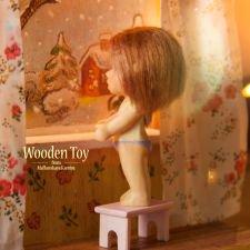 Ночник, куколка и зимний пейзаж