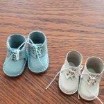 Кожаные ботиночки белые и голубые. Цена за две пары !