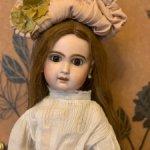 антикварная кукла French Jumeau Bebe.