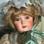Продаю антикварную куклу Limoges Chery