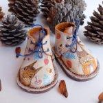 Ботинки с художественной росписью белок для Готц