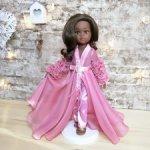 """М. К.  наряда """"Lagos Fashion Week"""" для кукол Паола Рейна"""