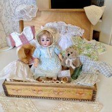 Коробки с сокровищами. Антикварная кукла с приданым. Кестнер 155