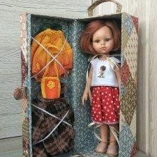 Домик - чемоданчик для куклы