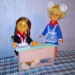 Школьная парта для куклы