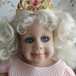 Коллекционная куколка  Сара. Автор Monika Levenig.