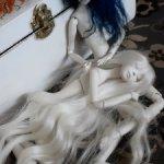 Продам набор кукол коллекционных шарнирных. В лот  входят две  куколки. Цена  указана  за  весь лот.