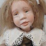 Коллекционная винтажная фарфоровая кукла Sandy McAslan