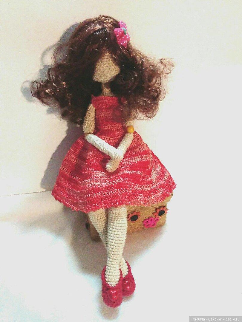 куколка связана крючком по мк Р.Сароченко,полностью подвижна(проволочный каркас+бусины в локтях и коленаках),рост 28 см