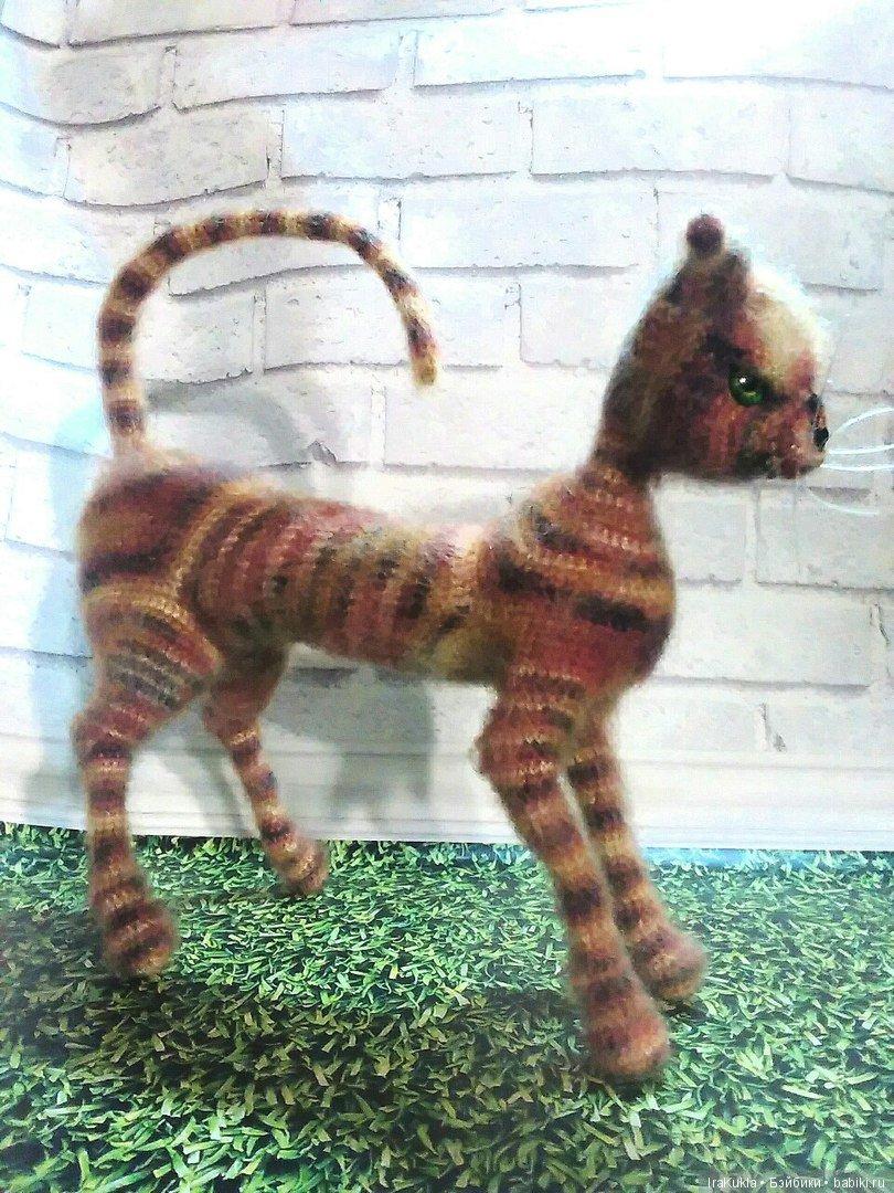 кошка на проволочном каркасе по мк К.Ремневой