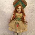 Кукла из антикварных деталей
