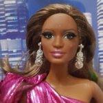 Барби Лук Городской блеск в розовом платье