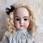 Парик для антикварной куклы