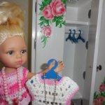 Плечики для кукольной одежды