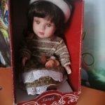 Фарфоровая куколка Сара
