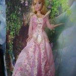 Аврора в щикареом платье светящаяся