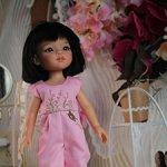 Розовый комбинезон с вышивкой для Паола Рейна