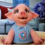 Свинка Люся. Валяная игрушка.