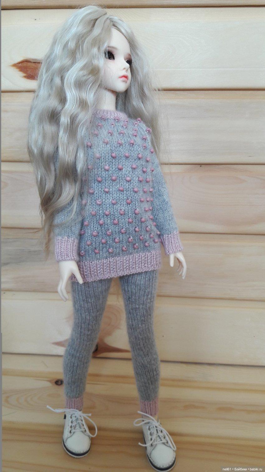 Комплект одежды для кукол МСД 1/4 выполнен из кашемира Гоби. Отделка чешским бисером