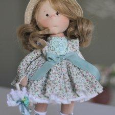 Мила интерьерная текстильная кукла