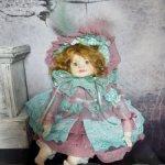 Продам авторскую будуарную фарфоровую куклу