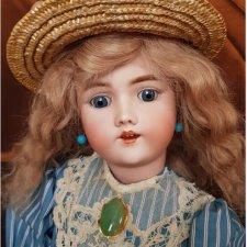Платье для антикварной куклы: вторая попытка