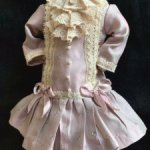 Платье из антик материалов на небольшую куколку