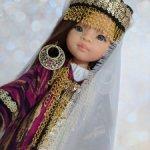 Национальный таджикский наряд