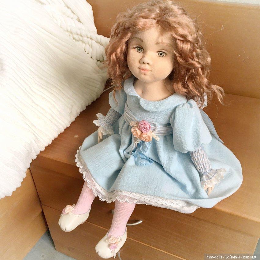 Текстильная интерьерная кукла Злата от Марины Мышеловой