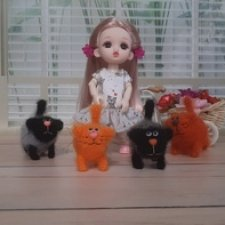 Маленькие котята для маленьких кукол