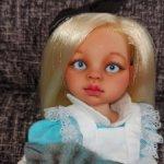 Коллекционная кукла Алиса Паола Рейна
