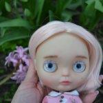 Кукла Блайз кастом на теле ликка прозрачный тон