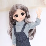 Шарнирная куколка в комбинезоне