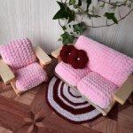 Кукольная мебель ручной работы из массива Сосны. Велюр.