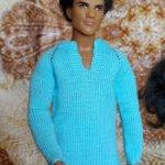 Вязанная голубая рубашка