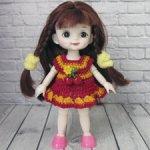 Вязаное платье для куклы баболи