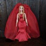 Свадебное платье и фата (накидка) для Барби-пышки