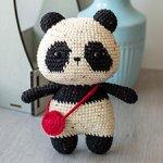 Вязаная твидовая панда с сумочкой