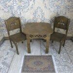 Кукольный стол и стулья