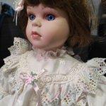 Фарфоровая куколка Penny