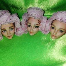 Три сестрицы вечерком, все шептались под окном
