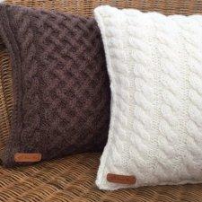 Нужен совет: вязаная подушка