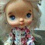 Маленькая куколка Холала ищет дом