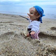 На море в поисках сокровищ (Пират эльф Lamagik и К°)