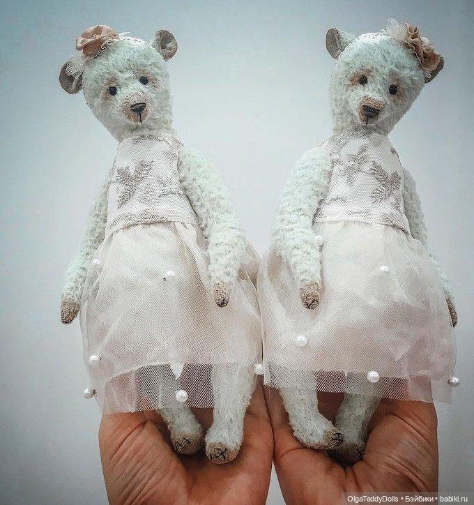 Мишки близняшки
