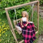 Качели для кукол ростом 30см
