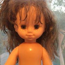 Помогите, пожалуйста, опознать куклу