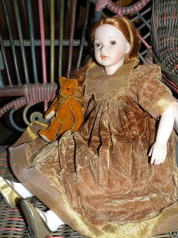 Подарок к 8-му марту! Коллекционная фарфоровая куклуа Pauline Bjonness-Jacobsen