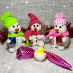 Снеговики из шерсти